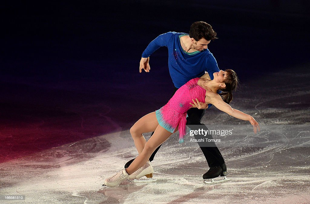 Meagan Duhamel and Eric Radford of Canada perform during day four of the ISU World Team Trophy at Yoyogi National Gymnasium on April 14, 2013 in Tokyo, Japan.