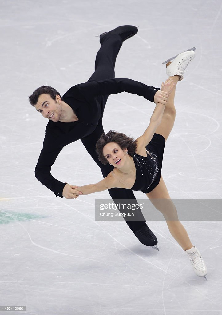 <a gi-track='captionPersonalityLinkClicked' href=/galleries/search?phrase=Meagan+Duhamel&family=editorial&specificpeople=2076875 ng-click='$event.stopPropagation()'>Meagan Duhamel</a> and <a gi-track='captionPersonalityLinkClicked' href=/galleries/search?phrase=Eric+Radford&family=editorial&specificpeople=5587908 ng-click='$event.stopPropagation()'>Eric Radford</a> of Canada perform during the Pairs Free Skating on day three of the ISU Four Continents Figure Skating Championships 2015 at the Mokdong Ice Rink on February 14, 2015 in Seoul, South Korea.
