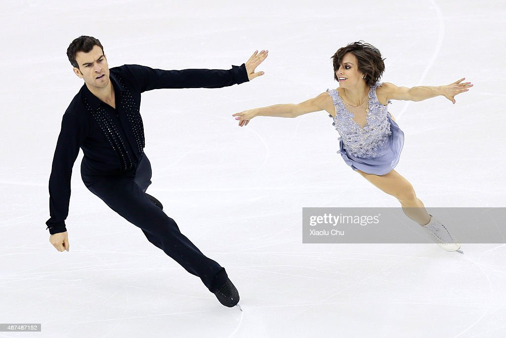 <a gi-track='captionPersonalityLinkClicked' href=/galleries/search?phrase=Meagan+Duhamel&family=editorial&specificpeople=2076875 ng-click='$event.stopPropagation()'>Meagan Duhamel</a> and <a gi-track='captionPersonalityLinkClicked' href=/galleries/search?phrase=Eric+Radford&family=editorial&specificpeople=5587908 ng-click='$event.stopPropagation()'>Eric Radford</a> of Canada perform during the Pairs Short Program on day one of the 2015 ISU World Figure Skating Championships at Shanghai Oriental Sports Center on March 25, 2015 in Shanghai, China.