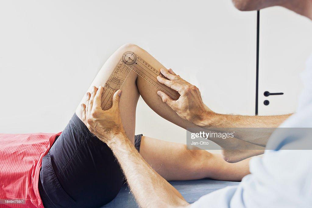 Measuring a knee