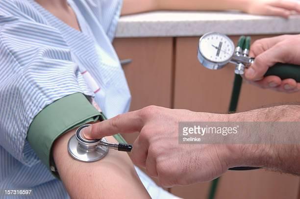 Messen den Blutdruck