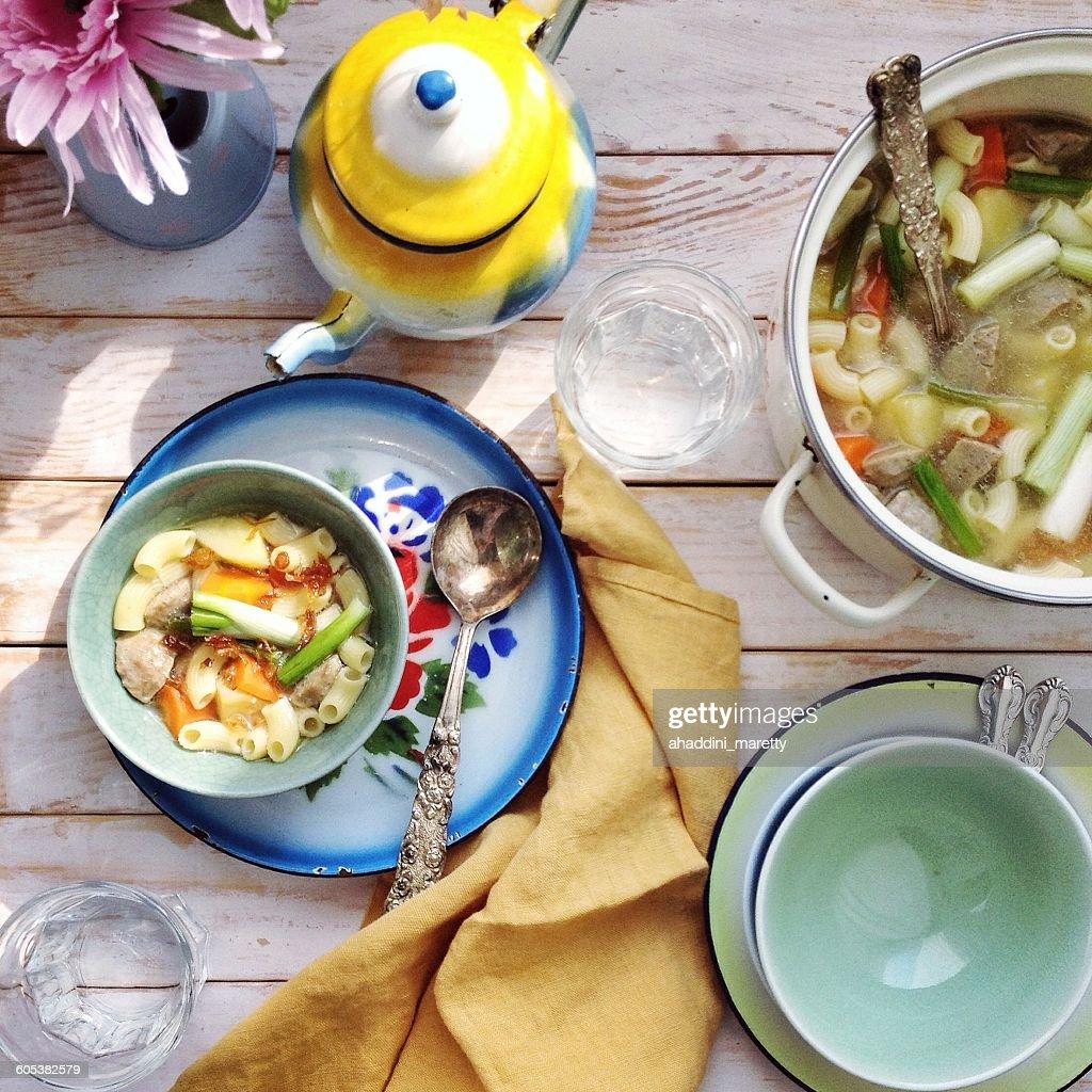 meat balls and macaroni soup