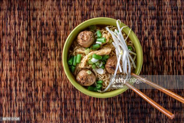 Meatball Ramen with Bean Sprout