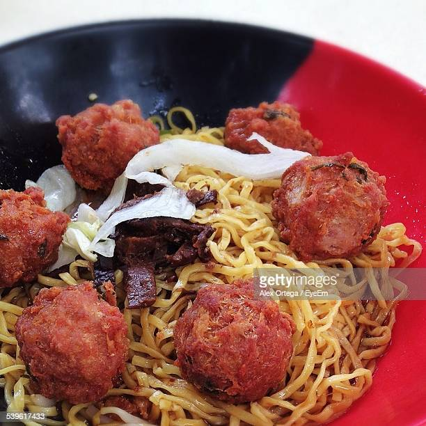 Meatballs With Noodles
