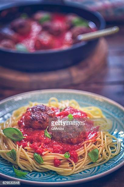 Meatballs with Spaghetti and Tomato Sauce