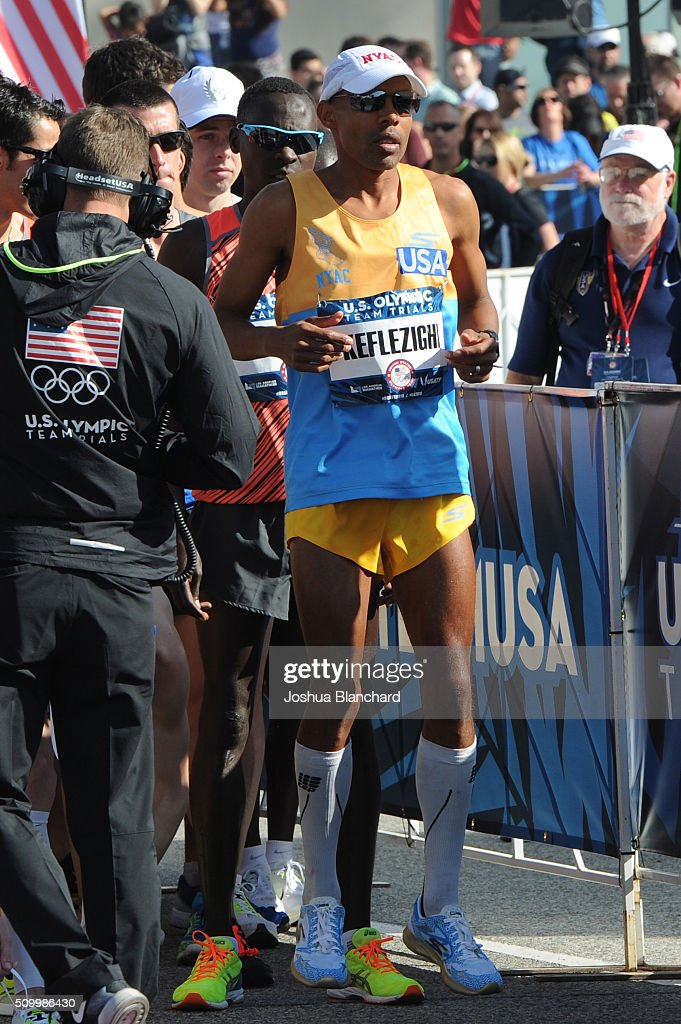 U.S. Meb Keflezighi at the start of the Olympic Team Trials Marathon on February 13, 2016 in Los Angeles, California.