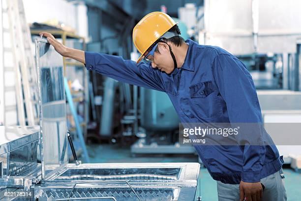 Mecânico no trabalho