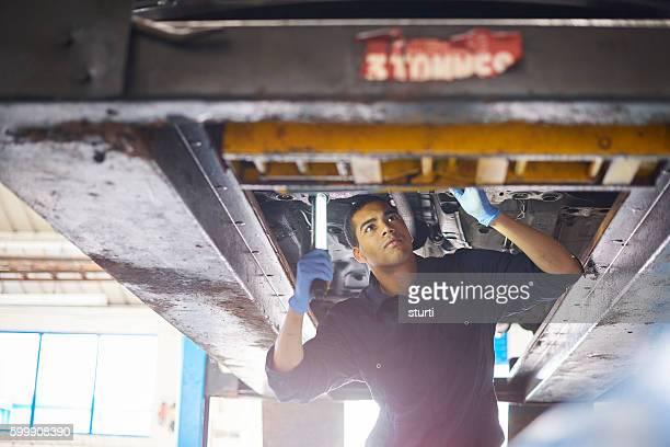 Mechanic check exhaust