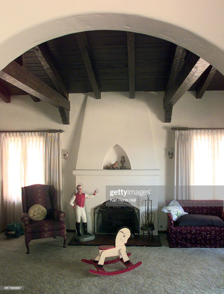 me colony fireplace1 krh 7 31 97 the stucco fireplace with moorish