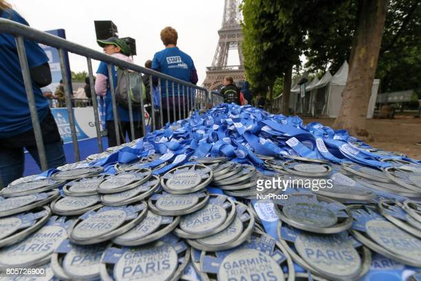 Medals to reward the competitors of the 2017 edition of the Paris triathlon on July 2 2017 in Paris An unprecedented course located amidst the most...