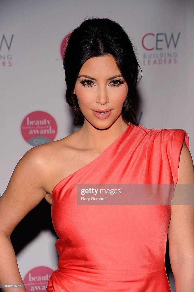 Media celebrity Kim Kardashian attends the 2010 Cosmetic Executive Women Beauty Awards at The Waldorf=Astoria on May 21, 2010 in New York City.