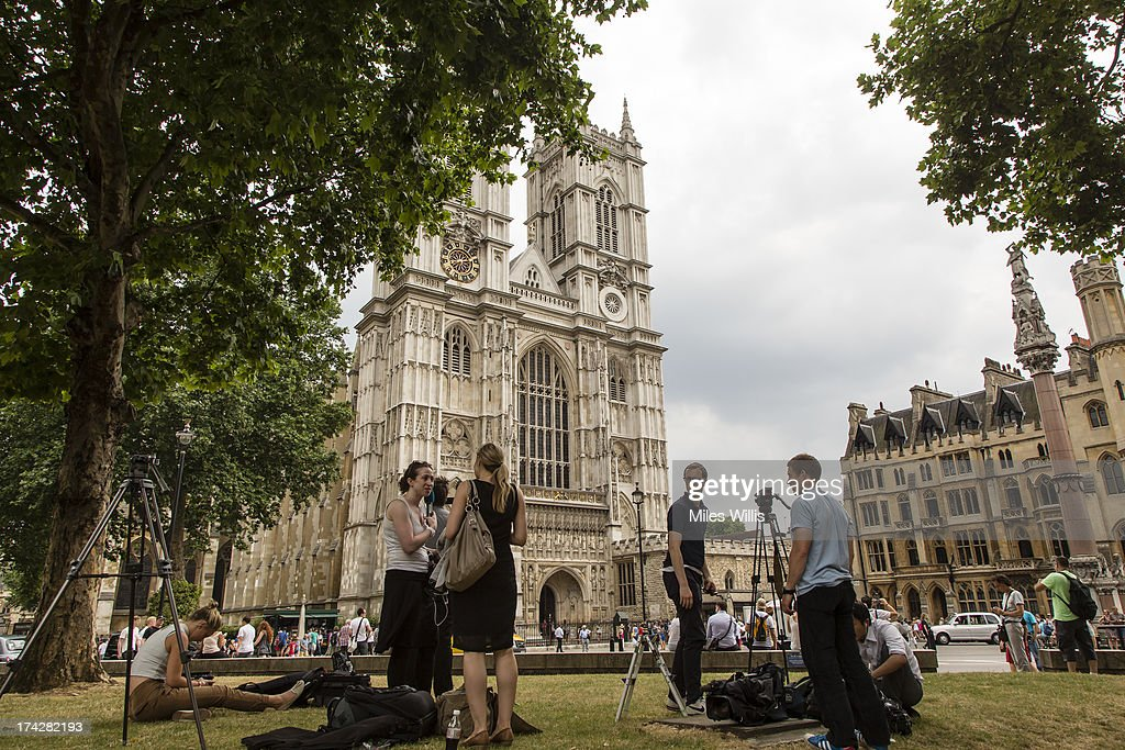 Media gather to film and record the bell ringers ringing a Peal Composition of Cambridge Surprise Royal at Westminster Abbey on July 23, 2013 in London, England. The Duchess of Cambridge yesterday gave birth to a boy at 16.24 BST and weighing 8lb 6oz, with Prince William at her side. The baby, as yet unnamed, is third in line to the throne and becomes the Prince of Cambridge.