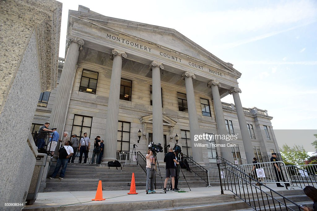 Media members wait outside the court for the start of the Bill Cosby sexual abuse at Montgomery County Courthouse on May 24, 2016 in Norristown, Pennsylvania.