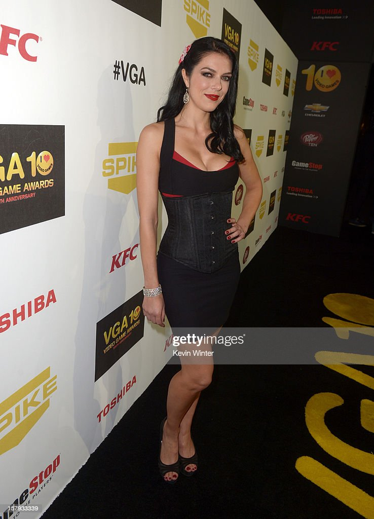 Media personality Adrianne Curry arrives at Spike TV's 10th annual Video Game Awards at Sony Studios on December 7, 2012 in Culver City, California.