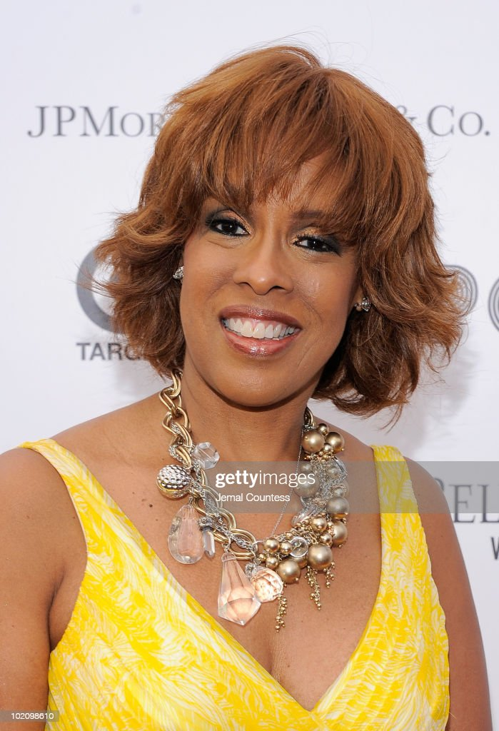 Media personality Gayle King poses for a photo on the red carpet at the 2010 Apollo Theater Spring Benefit Concert & Awards Ceremony at The Apollo Theater on June 14, 2010 in New York City.