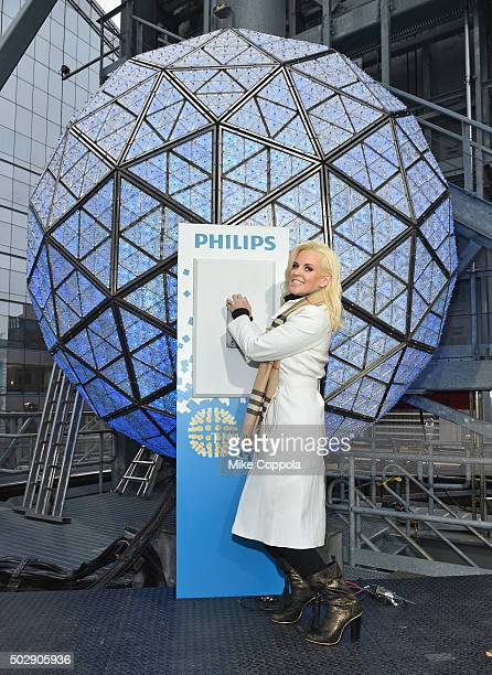 Media personality Jenny McCarthy poses for a picture during 'Dick Clark's New Year's Rockin' Eve With Ryan Seacrest 2016' Rehearsals on December 30...