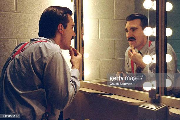 SportsCenter announcer Keith Olbermann putting on makeup in his dressing room at ESPN studiosBristol CT CREDIT Chuck Solomon