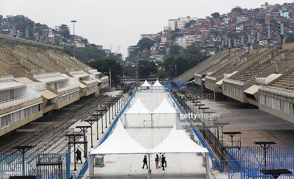 Media view the famed Sambodromo during the 1st World Press Briefing for the Rio 2016 Olympic Games on October 23, 2013 in Rio de Janeiro, Brazil. Preparations for the Rio 2016 Olympic Games are continuing and the venue will host the marathon finish and archery during the Games.
