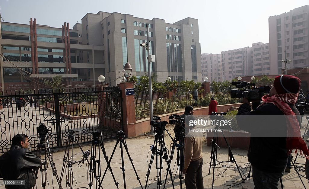 Media waiting outside Saket District Court where the five men accused in a gang rape case are brought for trial on January 7, 2013 in New Delhi, India. The men are accused of a gang rape of a 23 year old girl who later died due to injuries. The incident has caused outrage across India, sparking protests and demands for tough new rape laws and led to setting of special fast track courts exclusively for offences against women.