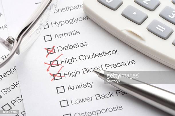 Medizinische Konditionen Karomuster auf einer Liste