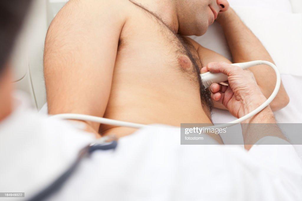 'Medical exam, heart ultrasound'