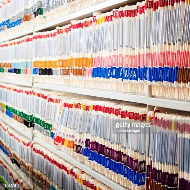 Medical ficheiros na prateleira