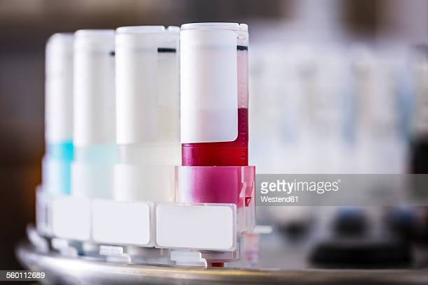 Medical samples in tissue stainer