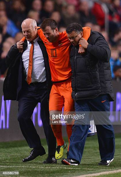 Medical staff of Netherlands helps injurd Rafael van der Vaart during the International Friendly match between Netherlands and Colombia at Amsterdam...