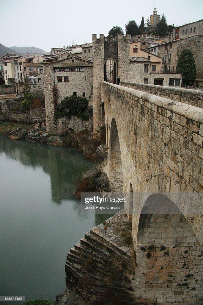 medieval stone bridge in Besalú (Catalonia) : Stock Photo