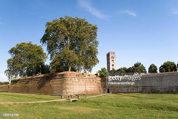 Mittelalterliche Stadtmauern
