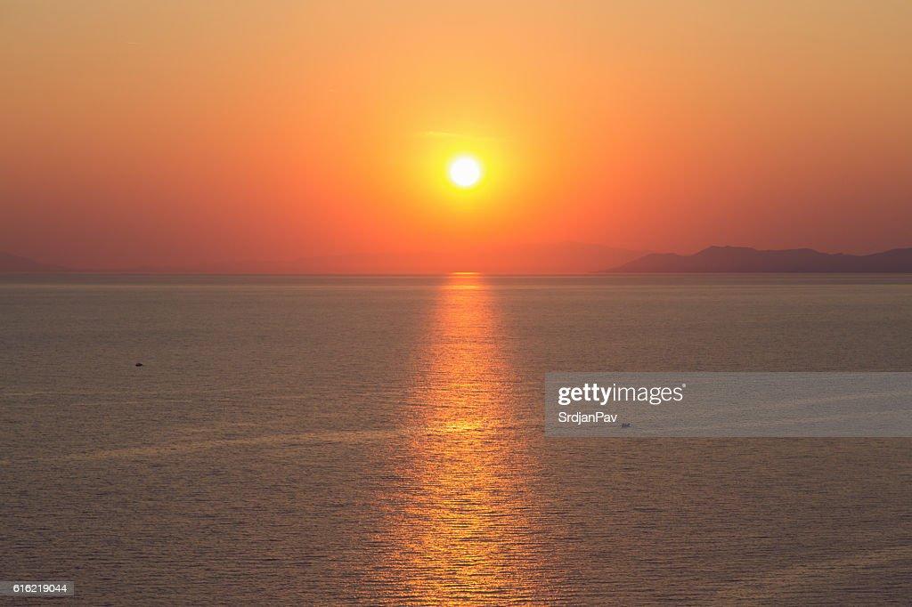 Mediterranen Sonnenuntergang  : Stock-Foto