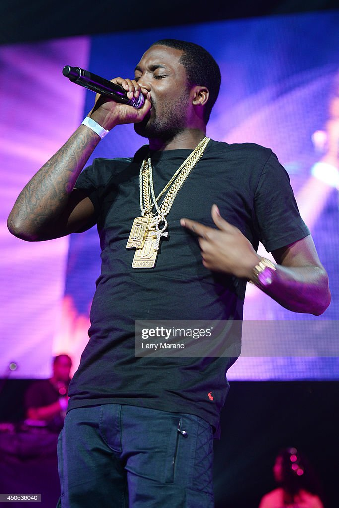 <a gi-track='captionPersonalityLinkClicked' href=/galleries/search?phrase=Meek+Mill&family=editorial&specificpeople=7187702 ng-click='$event.stopPropagation()'>Meek Mill</a> performs during the 103.5 The Beat Down concert at BB&T Center on June 12, 2014 in Sunrise, Florida.