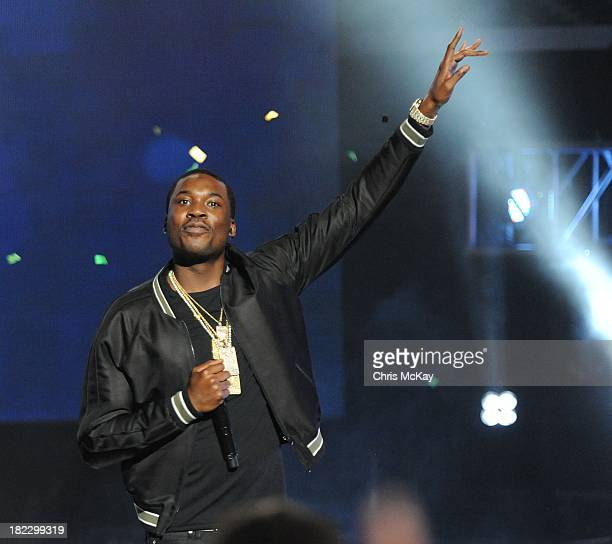 Meek Mill performs during the BET Hip Hop Awards 2013 at the Boisfeuillet Jones Atlanta Civic Center on September 28 2013 in Atlanta Georgia