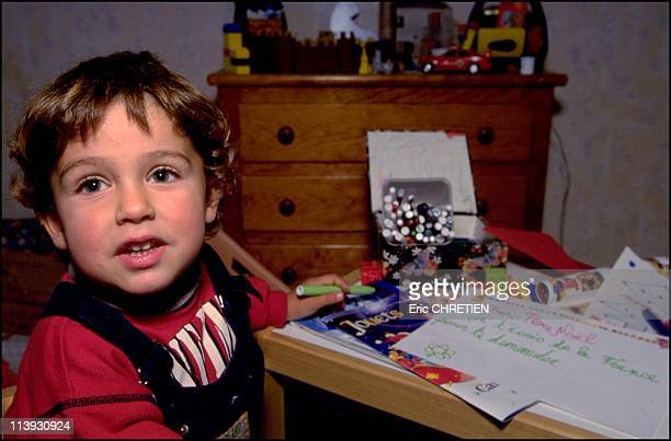 Meet santa claus In Rovaniemi Finland In November 2000Yann writes his letter to santa claus and posts itarctic circle
