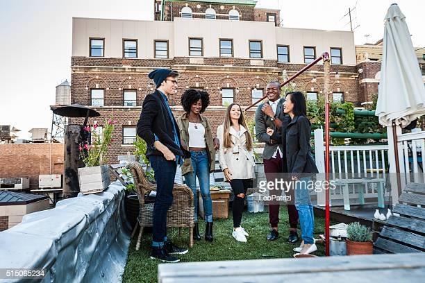 Retrouvez-vous pour une soirée à New York East Village