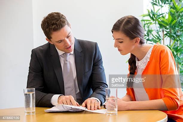 Rencontre entre une femme élève ou enseignant