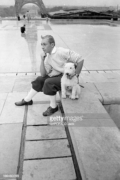 Meeting With JeanPierre Talbot Playing Tintin France Paris 10 octobre 1960 l'acteur belge JeanPierre TALBOT incarne le personnage 'Tintin' sur grand...