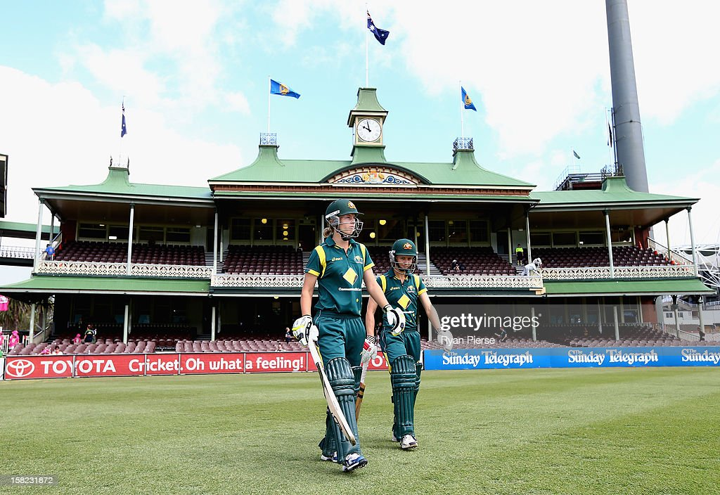 Australia v New Zealand - Women's ODI Match 1