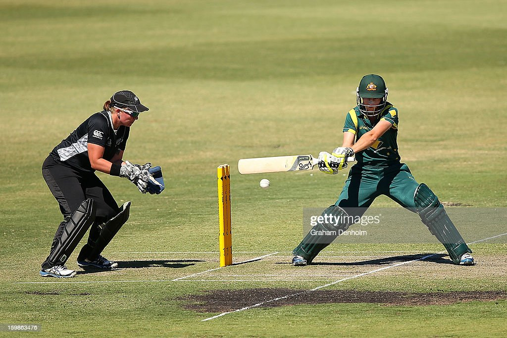 Meg Lanning of Australia (R) bats during the Women's International Twenty20 match between the Australian Southern Stars and New Zealand at Junction Oval on January 22, 2013 in Melbourne, Australia.