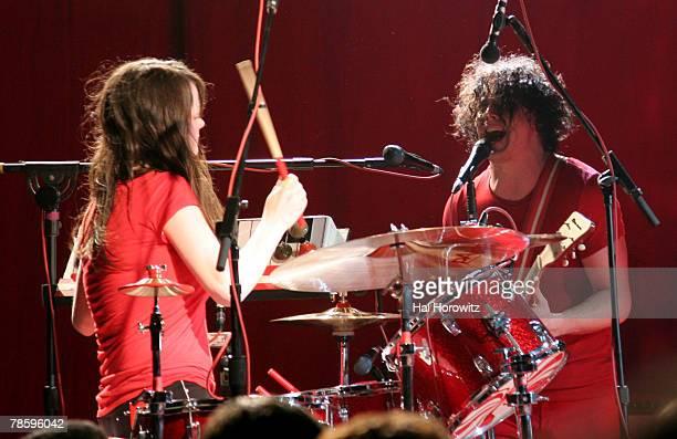 Meg White and Jack White of The White Stripes *EXCLUSIVE*