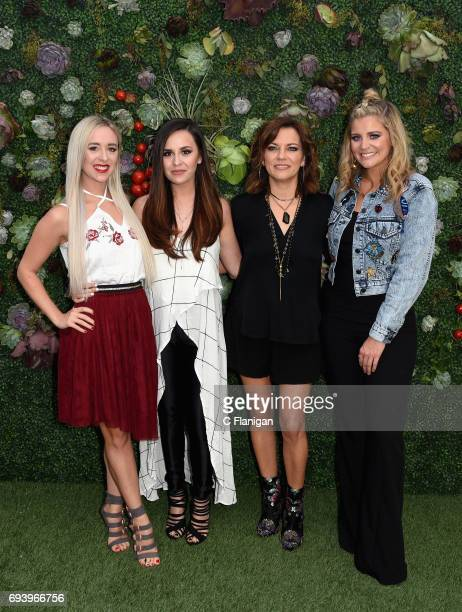 Megan and Liz Mace of the duo Megan Liz Martina McBride and Lauren Alaina attend the Samsung Women in Country x Change The Conversation Dinner on...