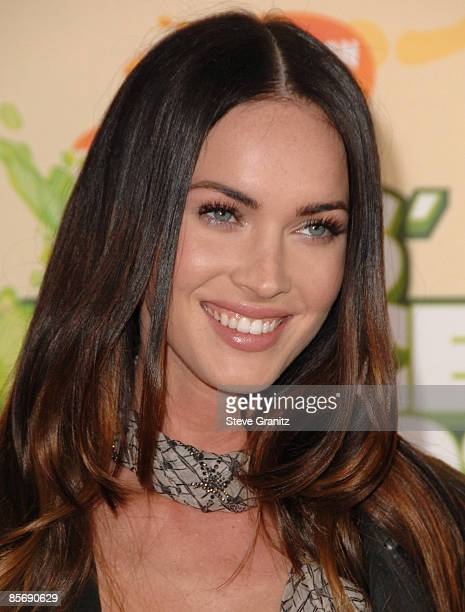 Megan Fox arrives at Nickelodeon's 2009 Kids' Choice Awards at the Pauley Pavilion on March 28 2009 in Los Angeles California