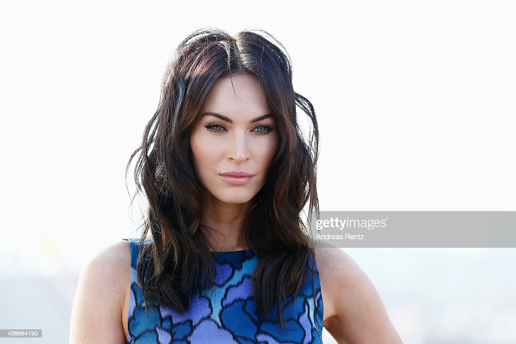 <a gi-track='captionPersonalityLinkClicked' href=/galleries/search?phrase=Megan+Fox&family=editorial&specificpeople=2239934 ng-click='$event.stopPropagation()'>Megan Fox</a> attends the photocall of Paramount Pictures' 'TEENAGE MUTANT NINJA TURTLES' at ic! Berlin brillen GmbH on October 5, 2014 in Berlin, Germany. (Photo by Andreas Rentz/Getty Images for Paramount Pictures International).