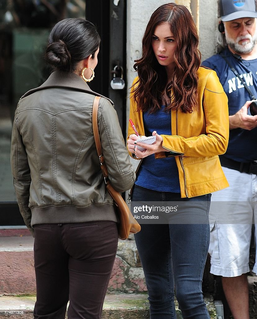 <a gi-track='captionPersonalityLinkClicked' href=/galleries/search?phrase=Megan+Fox&family=editorial&specificpeople=2239934 ng-click='$event.stopPropagation()'>Megan Fox</a> is seen on the set of 'Teenage Mutant Ninja Turtles' on July 24, 2013 in New York City.