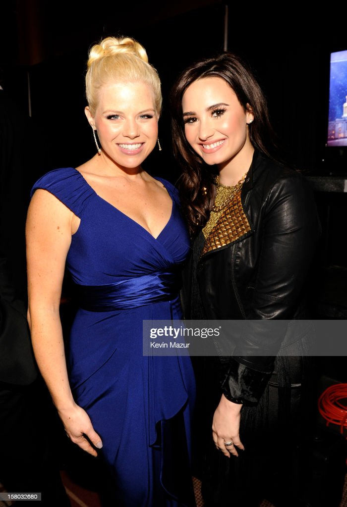 <a gi-track='captionPersonalityLinkClicked' href=/galleries/search?phrase=Megan+Hilty&family=editorial&specificpeople=602492 ng-click='$event.stopPropagation()'>Megan Hilty</a> (L) and <a gi-track='captionPersonalityLinkClicked' href=/galleries/search?phrase=Demi+Lovato&family=editorial&specificpeople=4897002 ng-click='$event.stopPropagation()'>Demi Lovato</a> attend TNT Christmas in Washington 2012 at National Building Museum on December 9, 2012 in Washington, DC. 23098_003_KM_0431.JPG