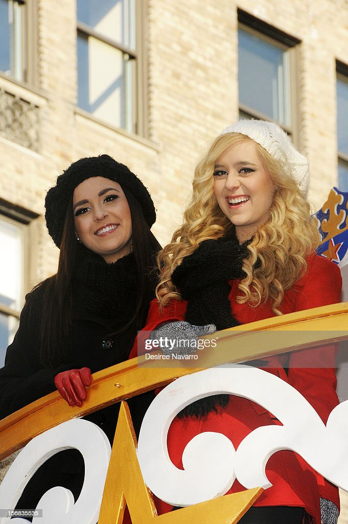 <a gi-track='captionPersonalityLinkClicked' href=/galleries/search?phrase=Megan+Mace&family=editorial&specificpeople=8718369 ng-click='$event.stopPropagation()'>Megan Mace</a> (L) and Elizabeth Mace of Megan & Liz attend 86th Annual Macy's Thanksgiving Day Parade on November 22, 2012 in New York City.