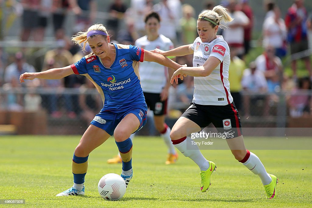 Megan Oyster of the Jets contests the ball with Erica Halloway of the Wanderers during the round four WLeague match between the Newcastle Jets and...