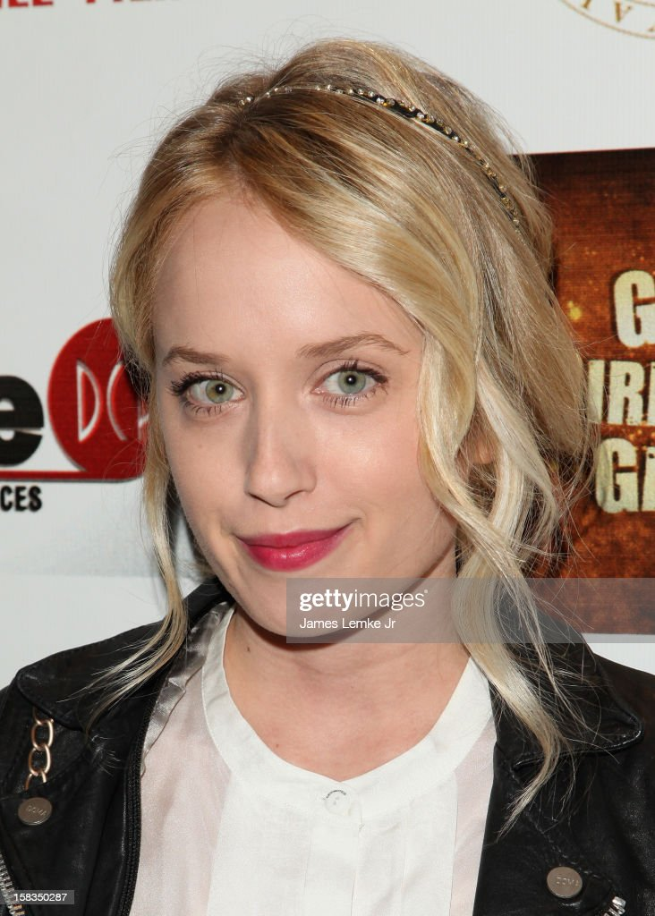 <a gi-track='captionPersonalityLinkClicked' href=/galleries/search?phrase=Megan+Park+-+Actress&family=editorial&specificpeople=13519371 ng-click='$event.stopPropagation()'>Megan Park</a> attends the Los Angeles Screening 'Guns, Girls & Gambling' held at the Laemlle NoHo 7 on December 13, 2012 in North Hollywood, California.