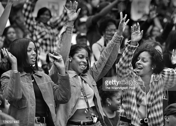 10/26/96 PHOTOGRAPHER Dudley M Brooks LOCATION RFK Stadium BRIEF DESCRIPTION Howard University Homecoming Scene CAPTION Howard University Seniors...