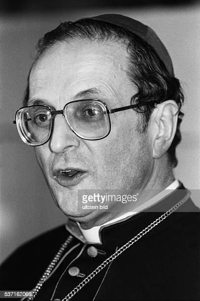 Meisner Joachim Kardinal Erzbischof von Koeln D bei der Pressekonferenz anlaesslich seiner Berufung als Nachfolger von Kardinal Hoeffner